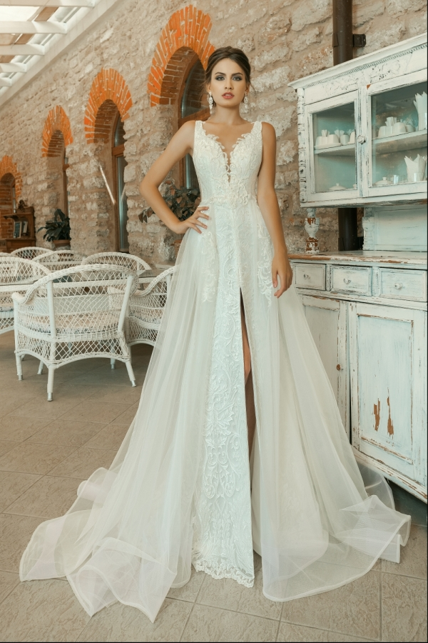Wedding dress 30213