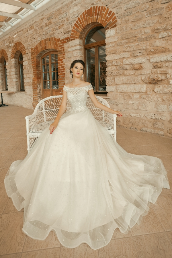 Wedding dress 30259