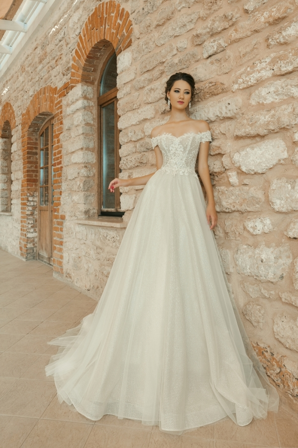 Wedding dress 30261