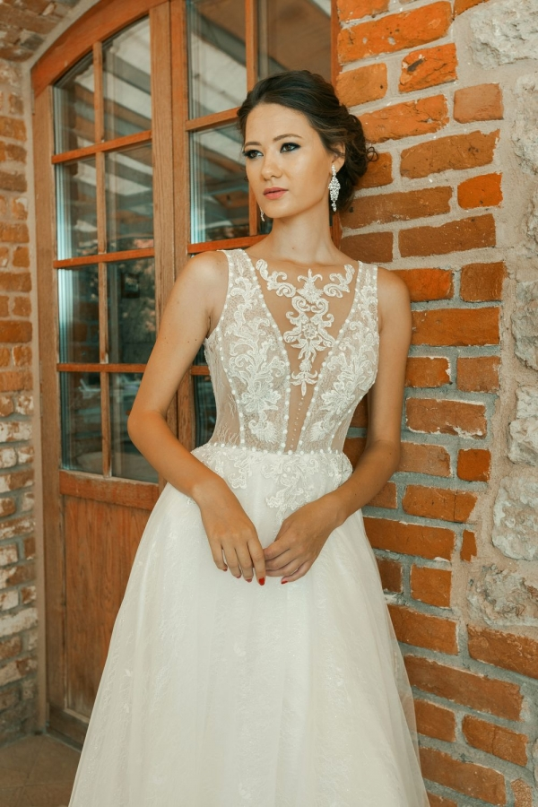 Wedding dress 30260