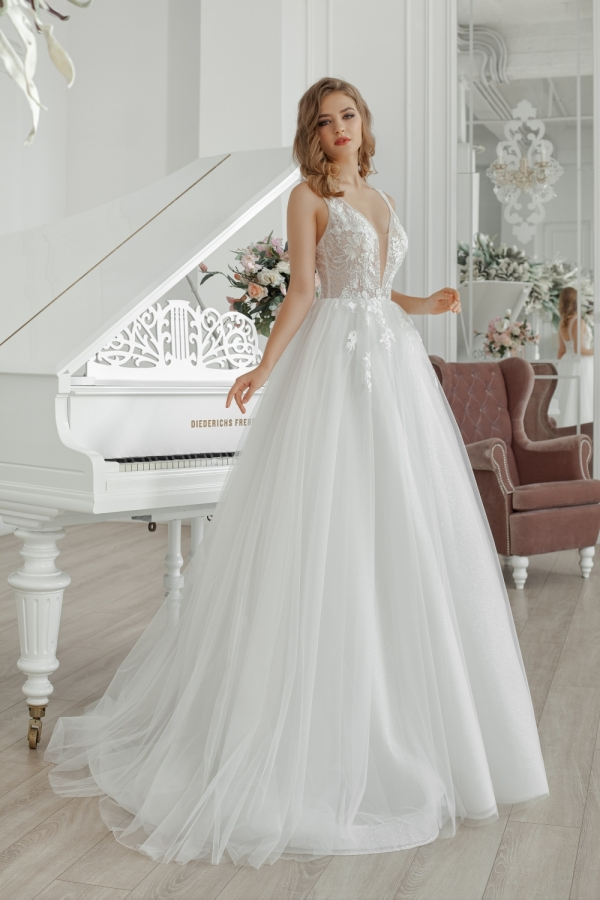 Wedding dress 30235