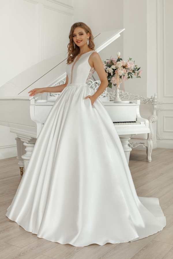 Wedding dress 30300