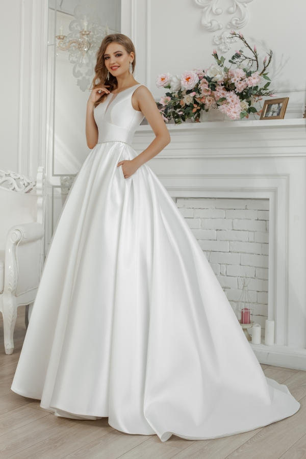 Wedding dress 30251