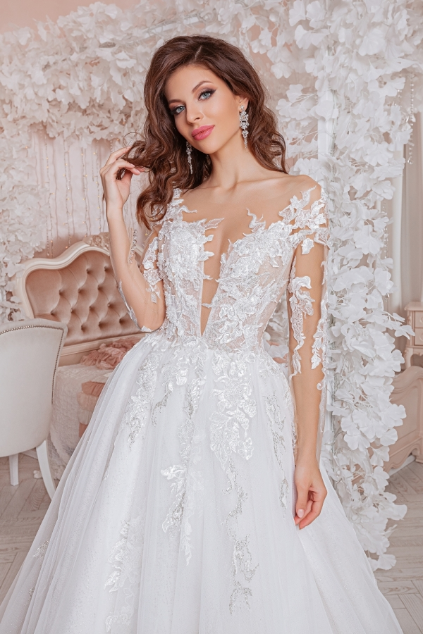 Wedding dress 4065