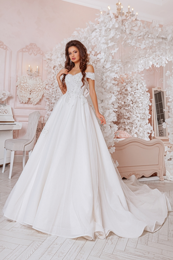 Wedding dress 4059