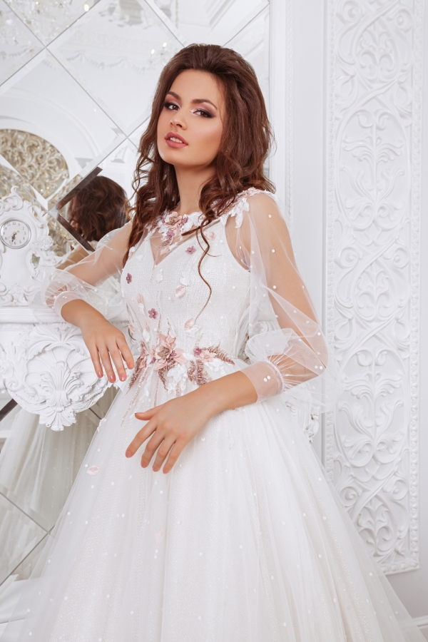 Wedding dress 4051