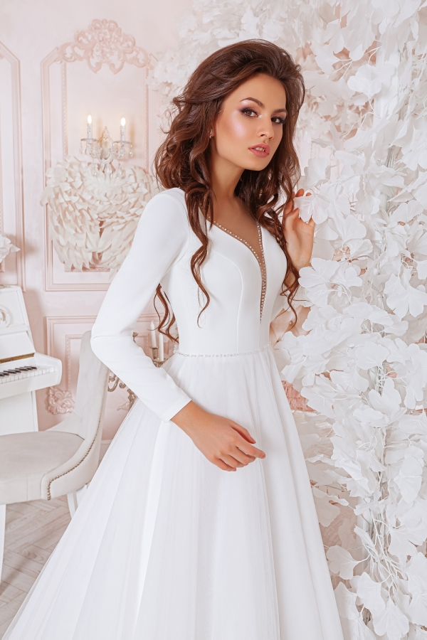 Wedding dress 4049