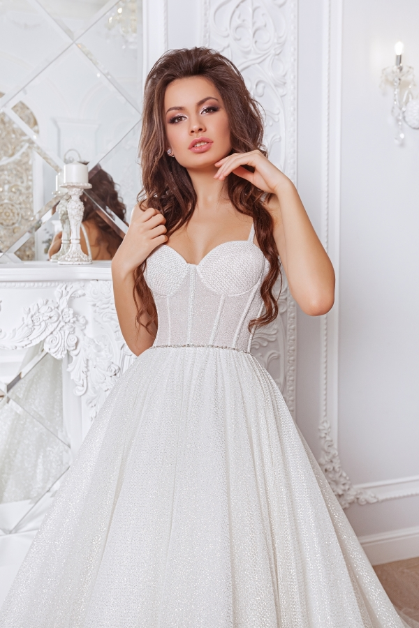 Wedding dress 4047