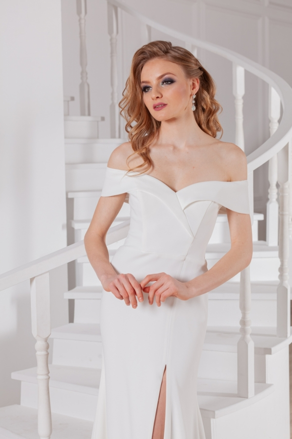 Wedding dress 4033