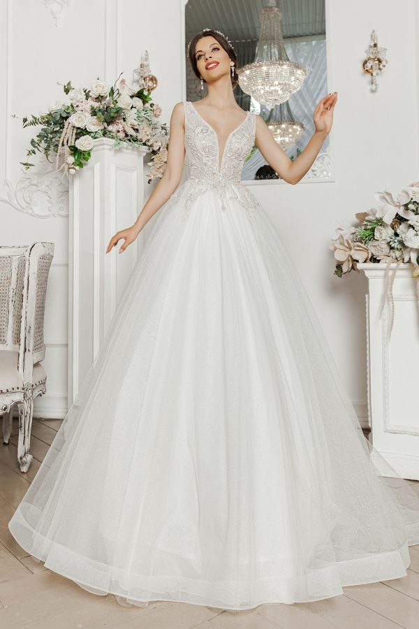 Wedding dress 5052