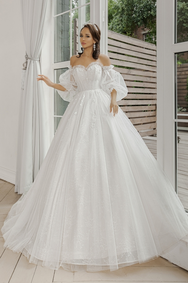 Wedding dress 5072
