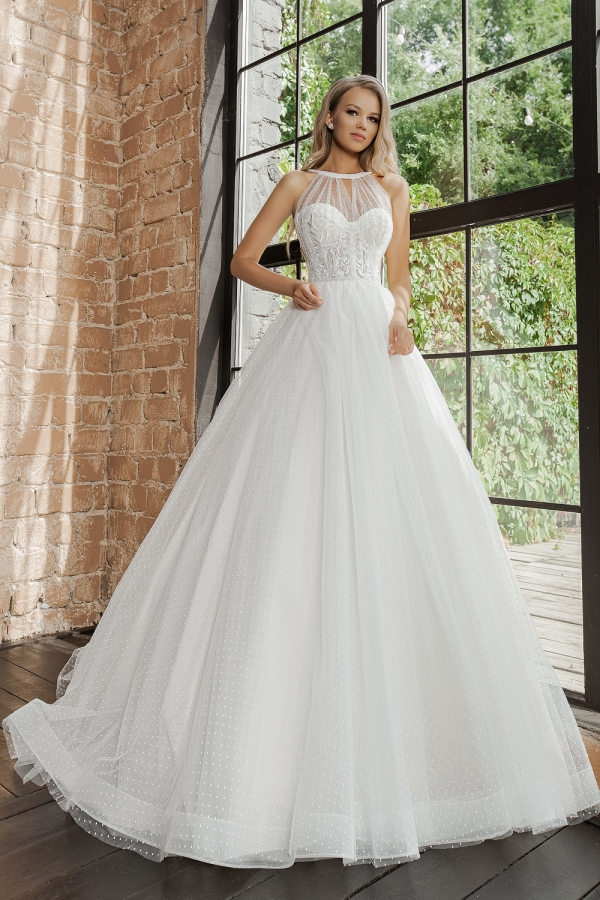 Wedding dress 5075