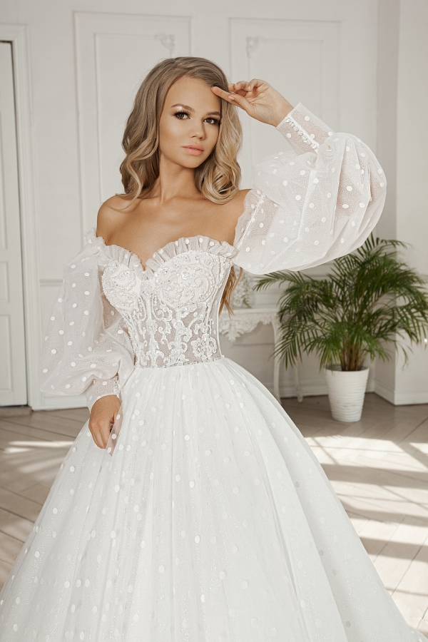 Wedding dress 5077а