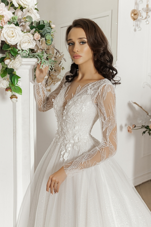 Wedding dress 5091