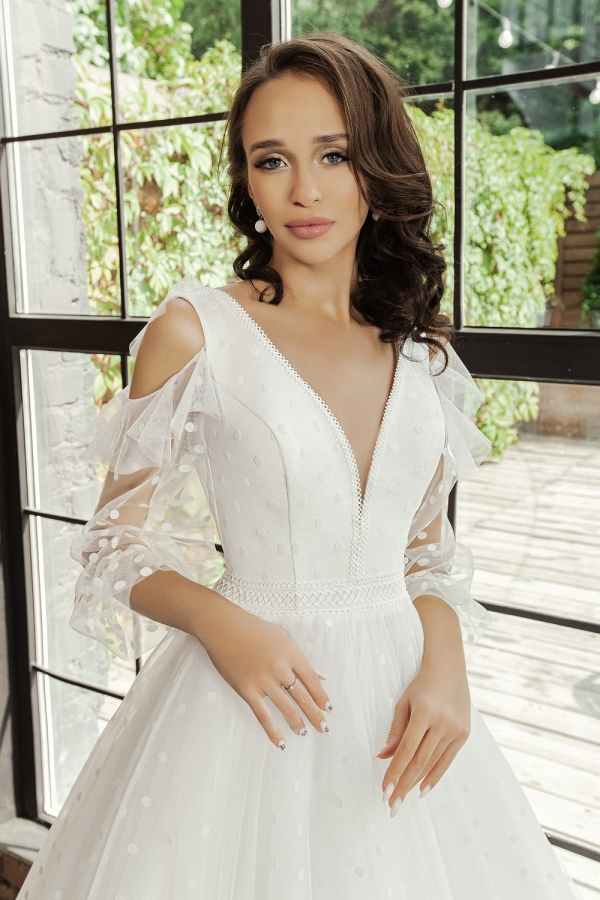 Wedding dress 6013