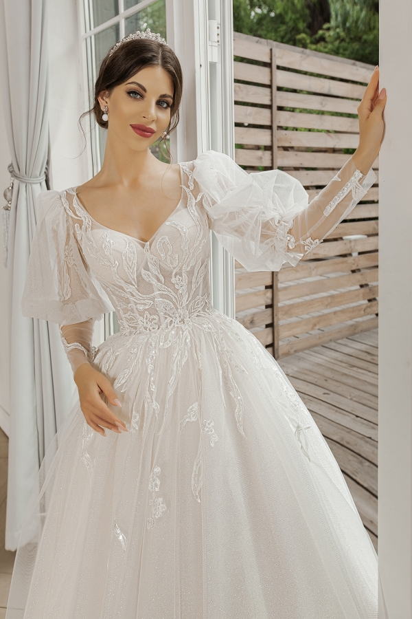 Wedding dress 5092