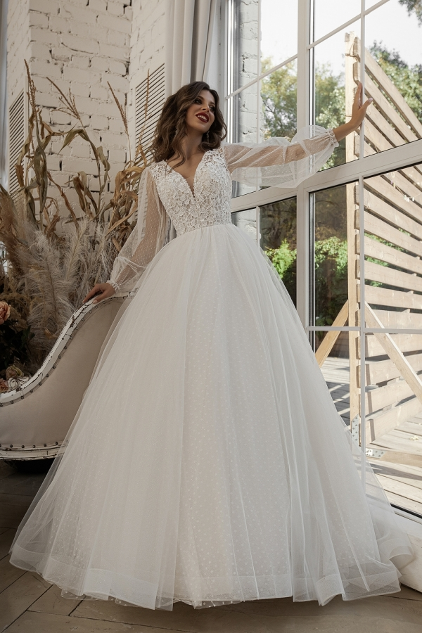 Wedding dress 6020