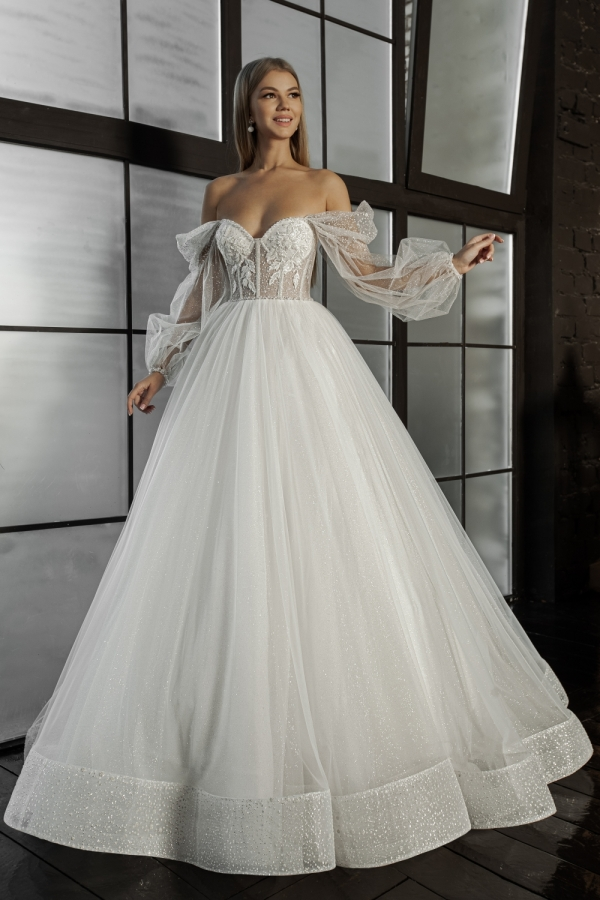 Wedding dress 6018