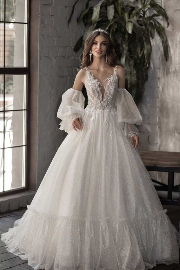 Wedding dress 5096